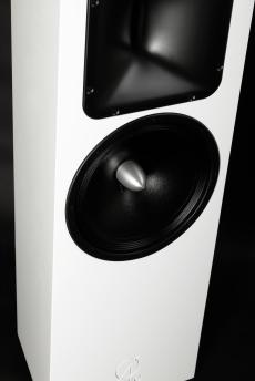 Mala_Audio_ØAudio speakers_white_2